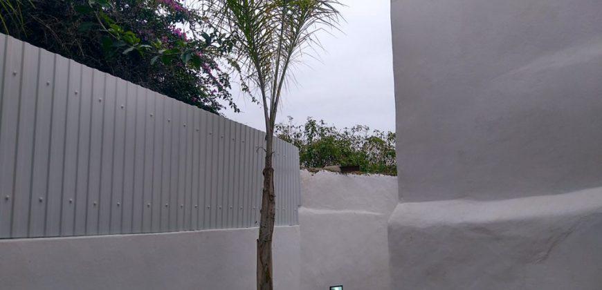 Moradia T6 renovada no centro de Moncarapacho