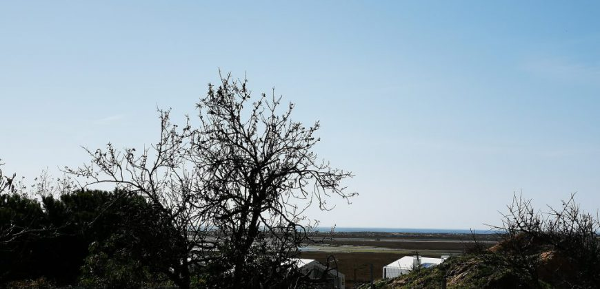 Terrain de construction à Fuzeta