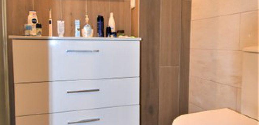 Apartamento T2 renovado em excelente estado