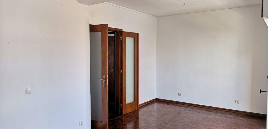 Apartamento com 2 quarto em Olhão